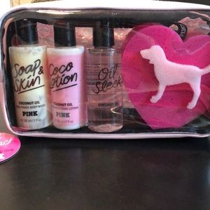 Pink Travel Pack 💗